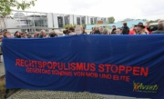 Proteste gegen die Buchvorstellung von Sarrazin